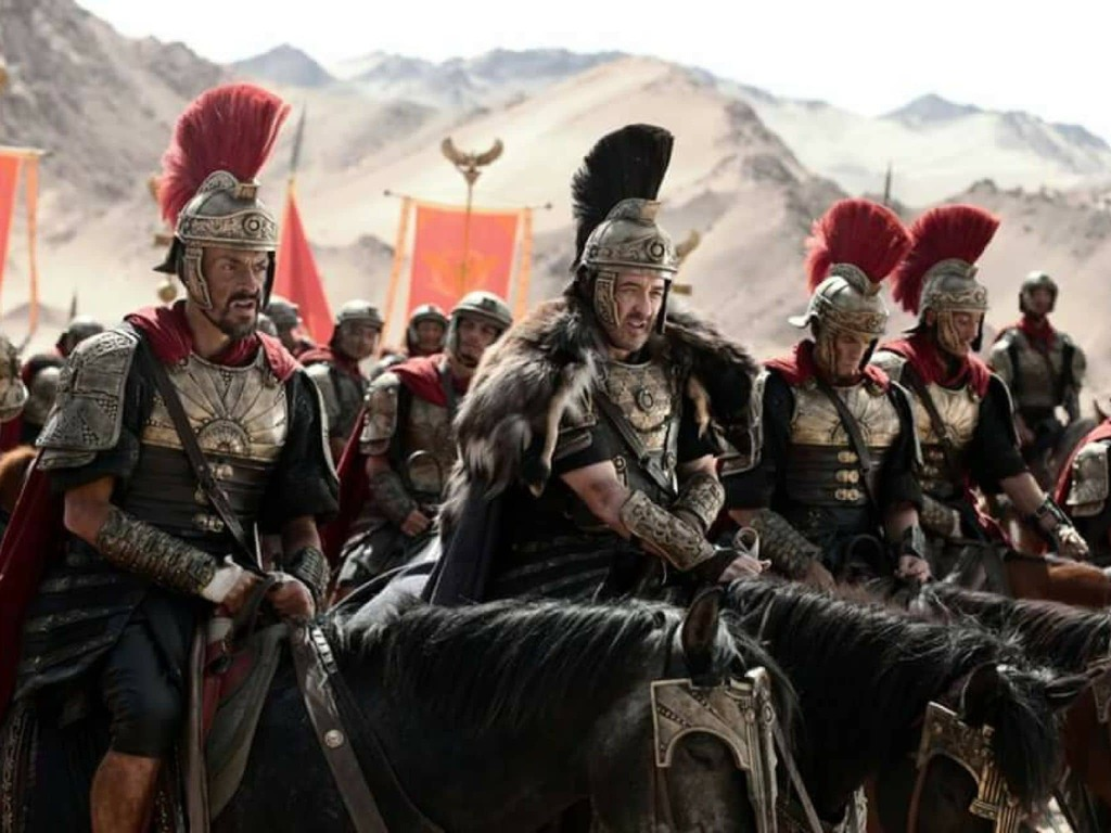 Philippe Joly - Still photo with John Cusack in Dragon Blade (China)